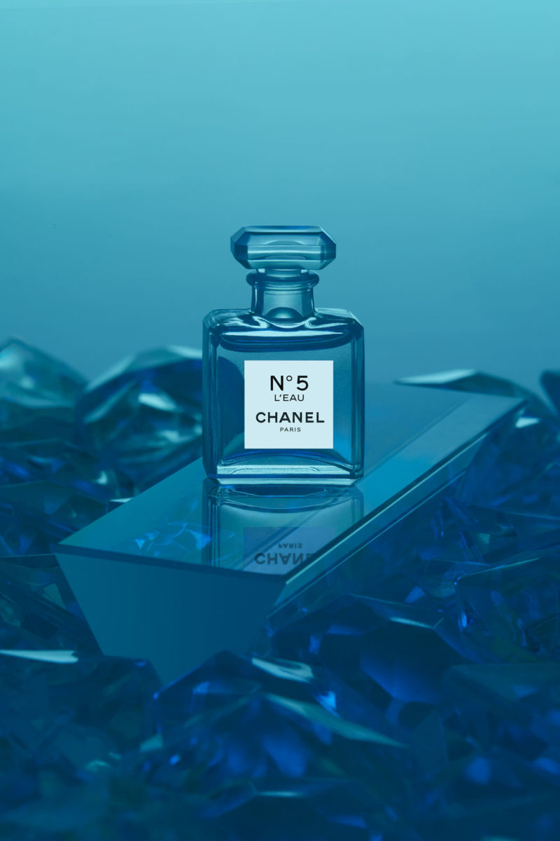 Chanel Paris No 5 L'eau product retouching